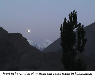evening view of mountains in karimabad